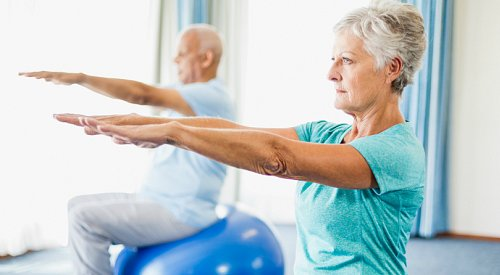 Leading a healthy lifestyle reduces chance of developing dementia by a third, major study finds