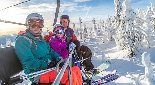 Beginner's guide to skiing or snowboarding at Big White Ski Resort