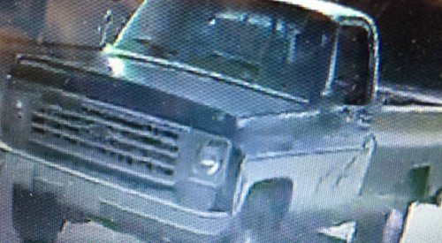 Kelowna RCMP trying to identify erratic driver who side-swiped a school bus